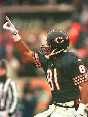 24 DEC 1995:  WIDE RECEIVER JEFF GRAHAM OF CHICAGO CELEBRATES A BEARS TOUCHDOWN AGAINST PHILADELPHIA DURING THE SECOND QUARTER AT SOLDIER FIELD IN CHICAGO, ILLINOIS. Mandatory Credit: Matthew Stockman/ALLSPORT