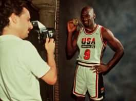 ANdrew Bernstein NBA Photographer WIth Michael Jordan